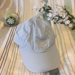 ✨✨BRAND NEW URBAN OUTFITTERS HAT💙💙